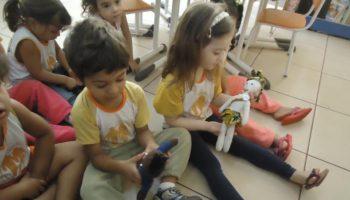 Bonecos embaixadores da Paz em Ipuã