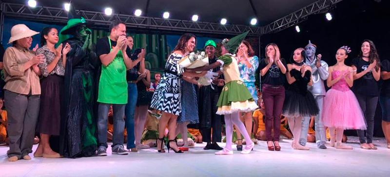 Espetáculo Mágico de Oz apresentado no Castelinho