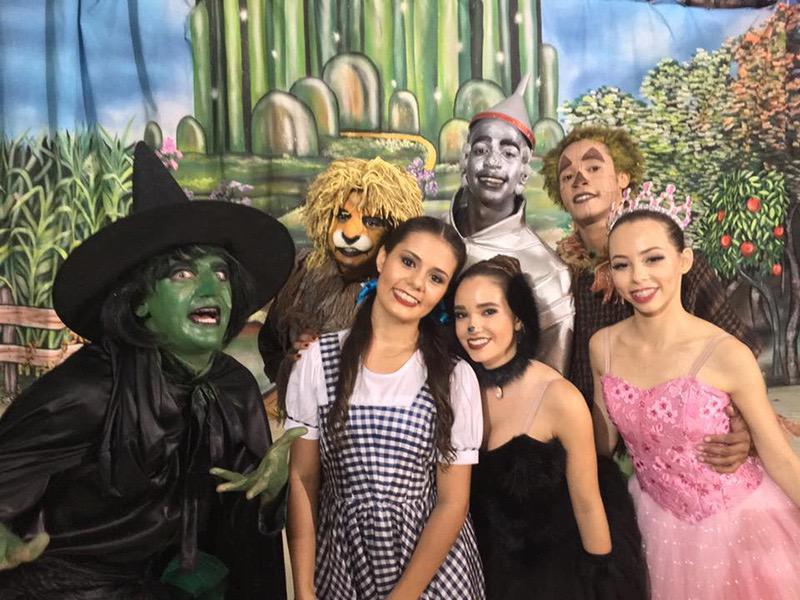 Usina da Dança apresenta seu encantador o Mágico de Oz no Castelinho de Orlândia