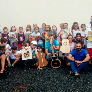 Construindo Violas: Projeto Guris do Polo Guaíra  e a arte dos luthiers