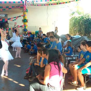 Usina da Dança faz apresentação na Apae de Guaíra