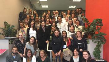 Coordenadora da Casa da Criança cursa Pós-Graduação sobre Abordagem Educativa de Reggio Emilia