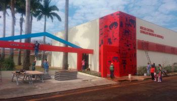 Com fachada desenhada por alunos das escolas públicas, Ipuã inaugura nesta terça seu primeiro Núcleo Cultural
