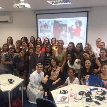 Diretora da Casa da Criança apresenta trabalho em Encontro Internacional de Educação Infantil