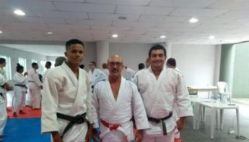 Judoca do Projeto Branco Zanol participa de curso para formação de árbitro